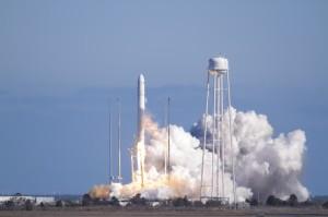 Lanzamiento cohete Antares