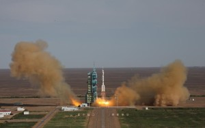 Despegue Shenzhou-10