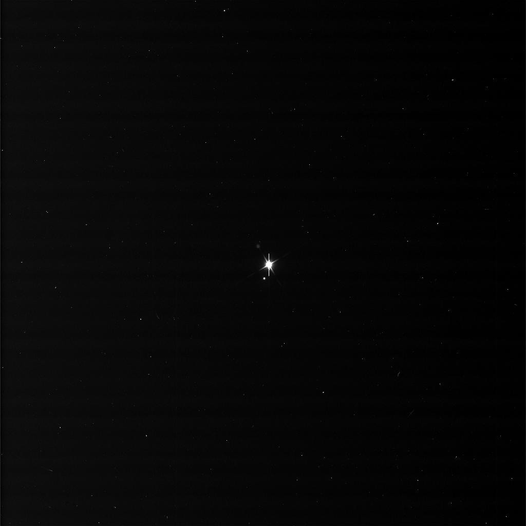 Tierra y Luna fotografiadas por Cassini