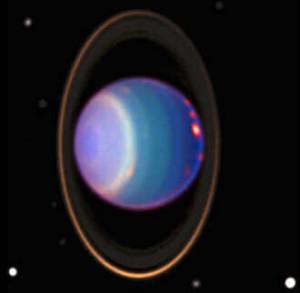 La inclinación sorprendente de Urano provoca un efecto curioso: su campo magnético se inclina 60 grados en relación al eje. Los anillos de Urano son distintos de los de Júpiter y Saturno.