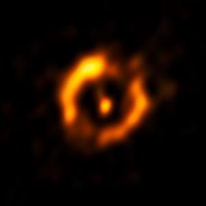 Anillo alrededor de IRAS 08544-4431