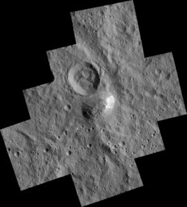 Montaña Ahuna Mons